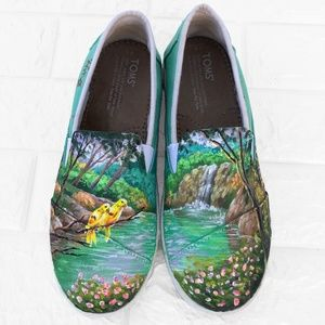 Hand Painted Toms Bird in Paradise scene Flats Y5